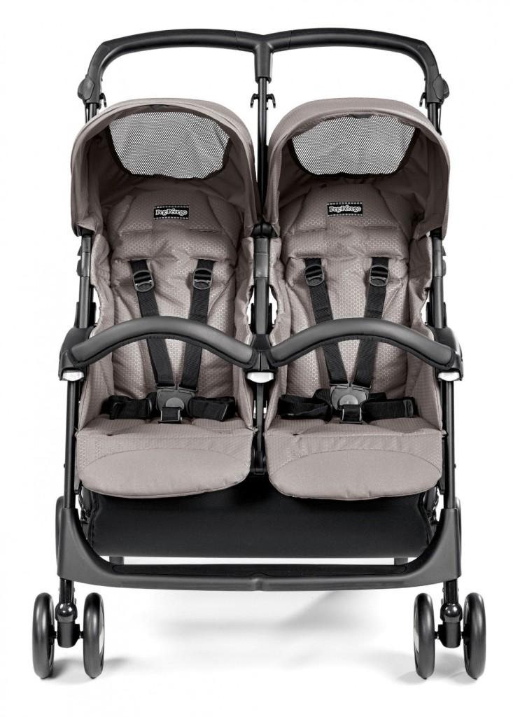 1. Peg Perego Aria Shopper Twin